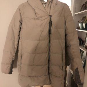Lululemon taupe/grey puffer jacket